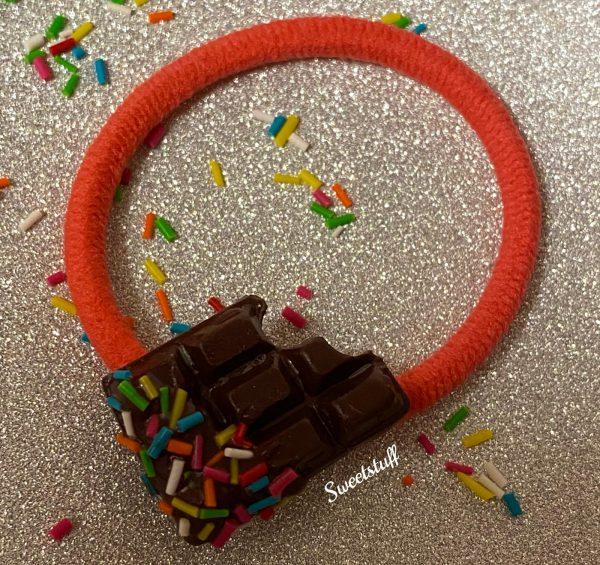 haarelastiek chocoladereep
